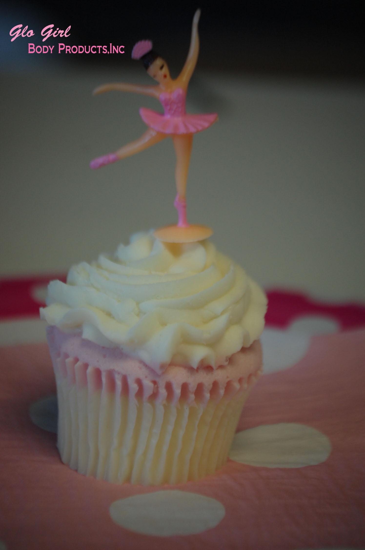 Ballerina Cupcake 6 oz